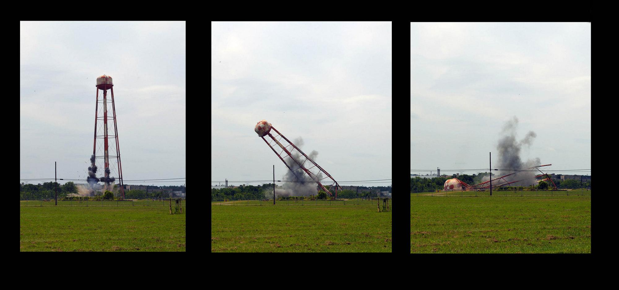 Oak Ridge Water Tower Demolition : Down goes the tower at k atomic city underground